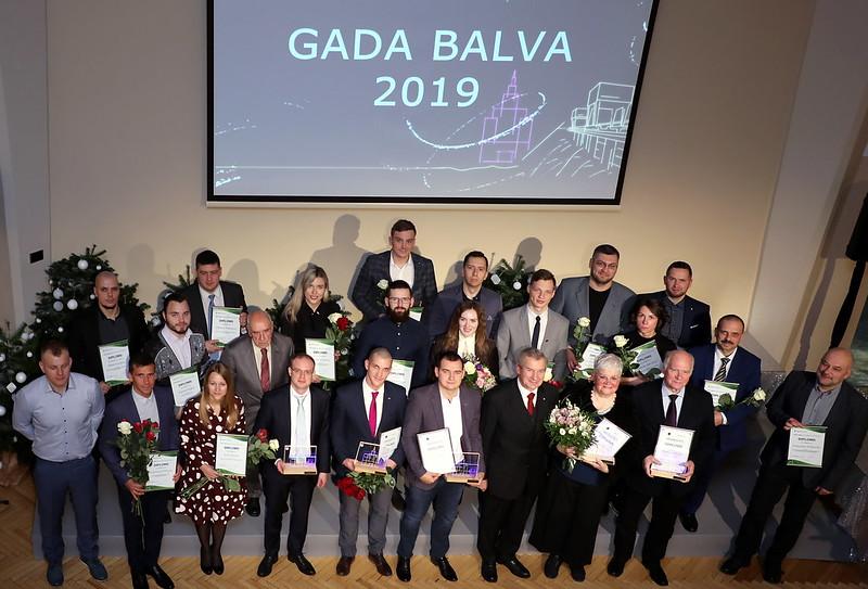 RTU zinātnieki un studenti saņem «Latvenergo» un Latvijas Zinātņu akadēmijas balvas