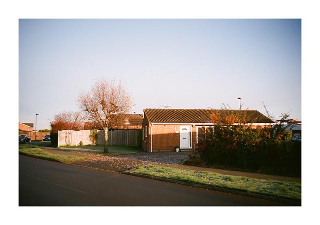 FILM - In suburbia #1