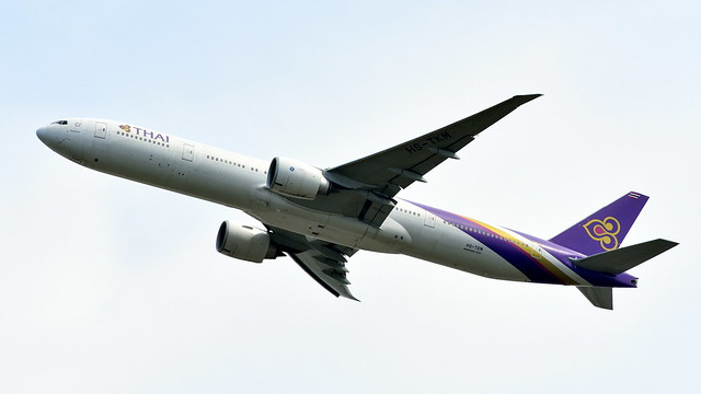 Boeing 777-3ALER c/n 41522 Thai Airways International registration HS-TKM