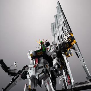 METAL STRUCTURE 解體匠機《機動戰士鋼彈 逆襲的夏亞》RX-93 ν鋼彈專用 翼狀感應砲擴充零件(νガンダム専用オプションパーツ フィン・ファンネル)