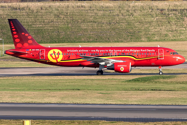 OO-SNA Brussels Airlines Trident Red Devils Special Scheme A320-200 Birmingham Airport