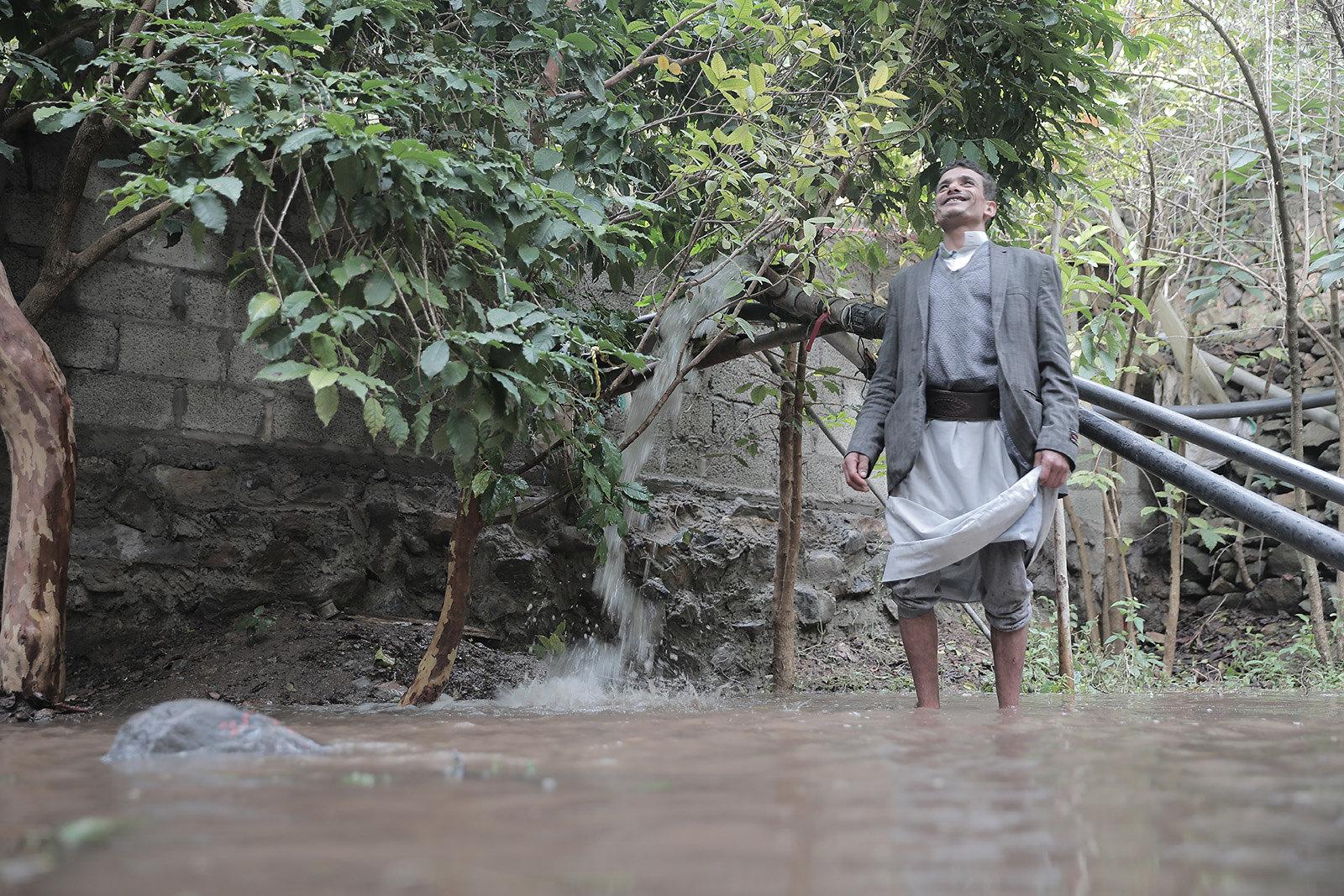 Solar powered water pumps in Yemen