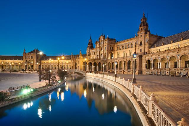 Plaza de España & Blue Hour