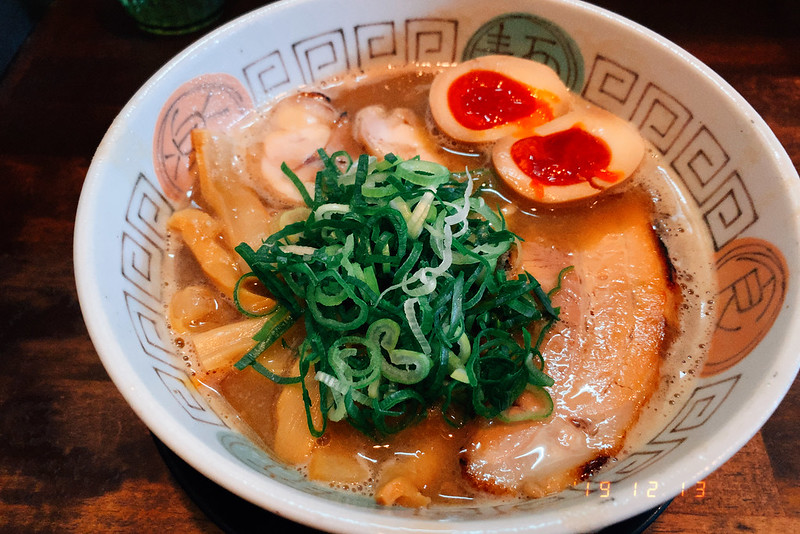 大阪吹田市諭吉魚介風味のしょうゆらーめんこってり