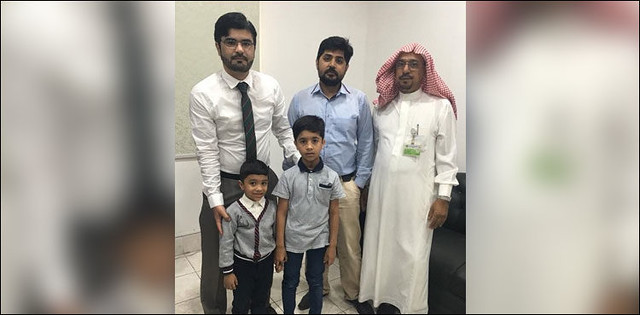 5480 3 Pakistani Children released from Saudi Jail, return home 01