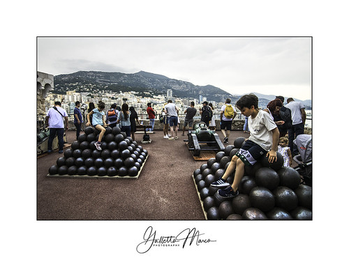 summer sea montecarlo monaco view balls childrens people