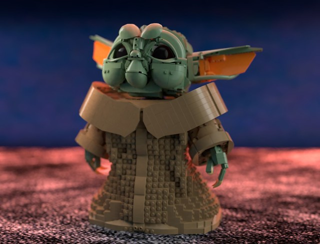Baby Yoda (or wathever the species is)
