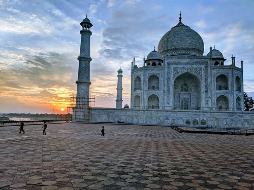 Morning in Agra by Blaine Teahan