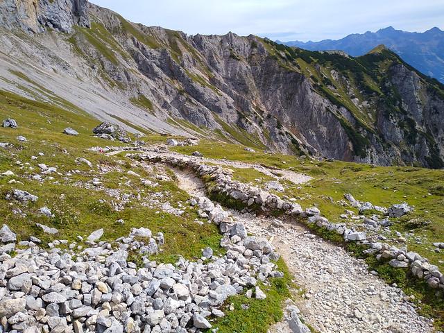 Wanderung zum Silberkarsee über die Silberkarklamm und weiter über die Feistererscharte zum Guttenberghaus am Dachsteinmassiv