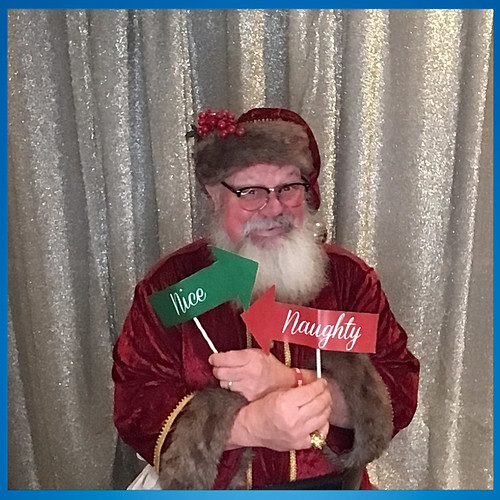 2019 Alumni Holiday Party Photo Booth