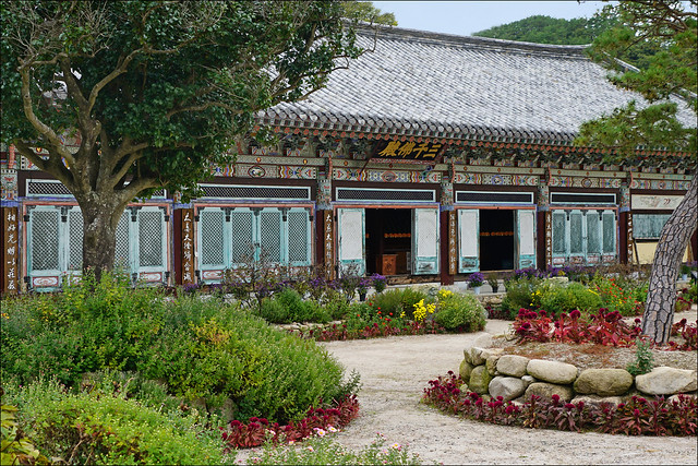 Le Samcheonbuljeon du temple Girimsa (Corée du sud)