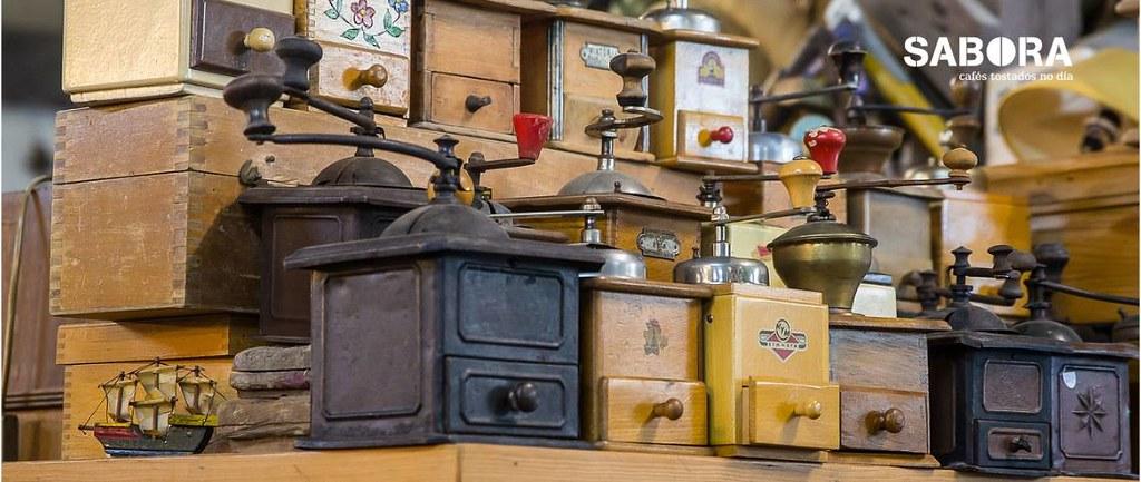 Colección de Muiños de café antigos