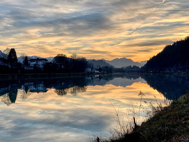 Autumnal morning on the river Inn with view of the Alps near Kiefersfelden, Bavaria, Germany