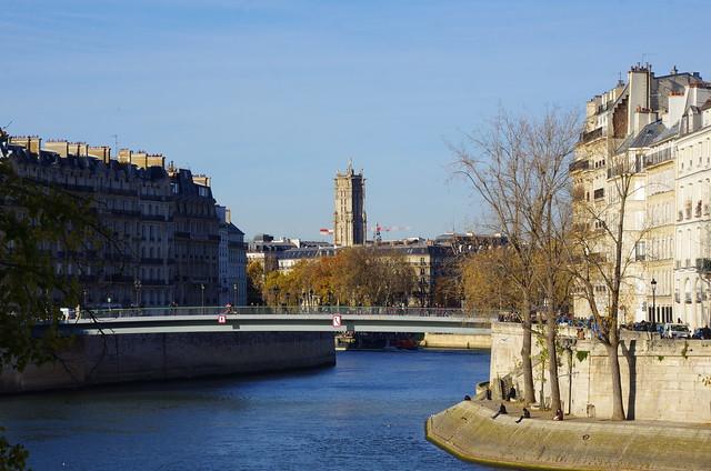 297 Paris Novembre 2019 - la Tour Saint-Jacques