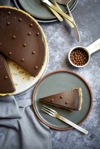 No bake chocolate cheesecake with cream cheese and mascarpone | by michtsang