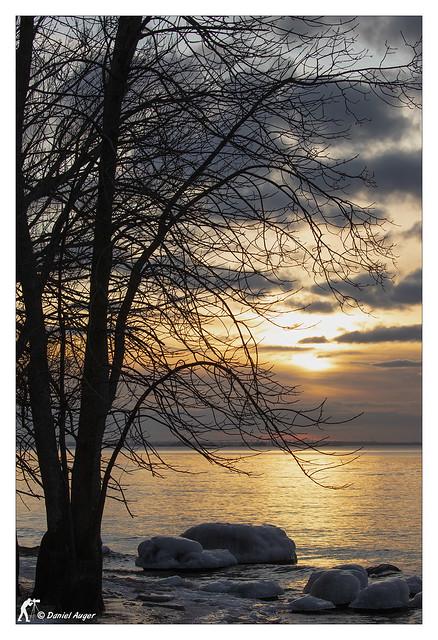 Un coucher de soleil / A sunset