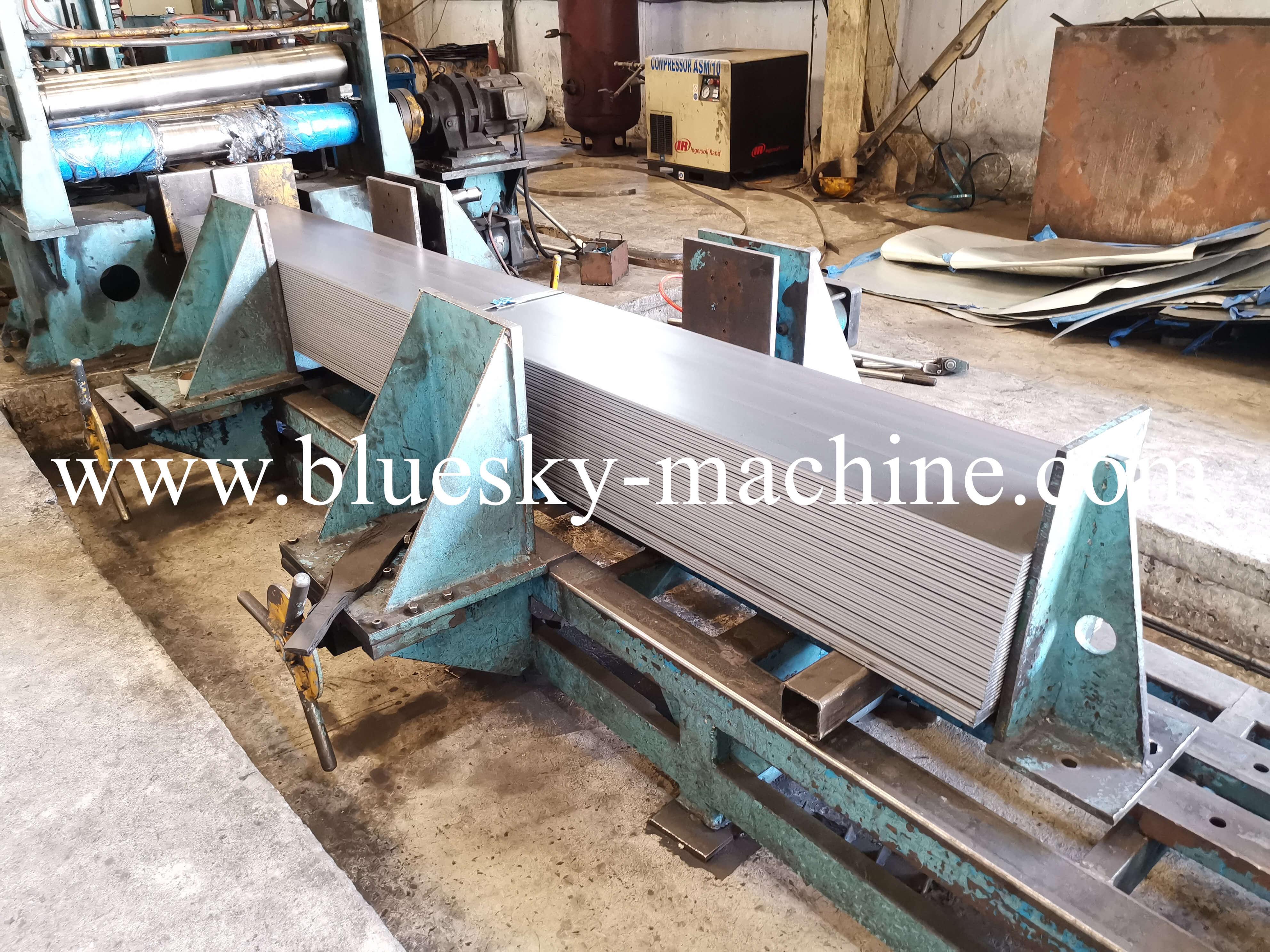 HR Sheet Coil Cutting Machine Unloading Work-Table