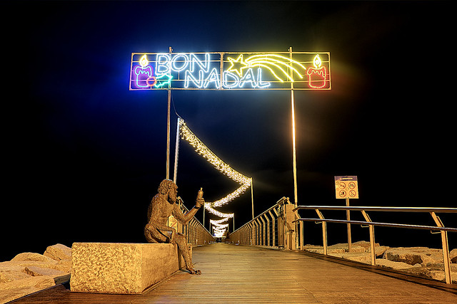 At the Pier - Al Pont