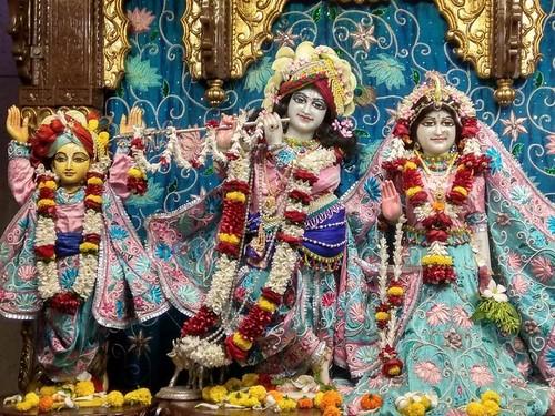 ISKCON Kolkata Deity Darshan 14 Dec 2019