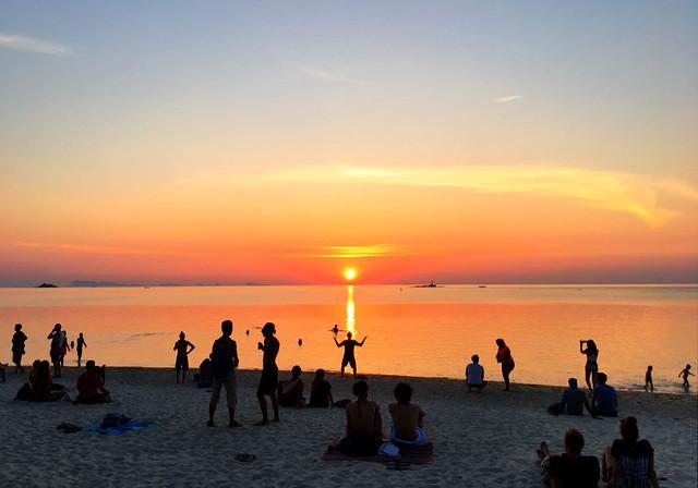 zen-beach-srithanu-koh-phangan