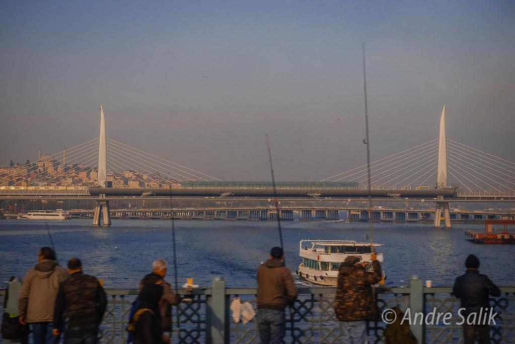 утром на Галаатском мосту