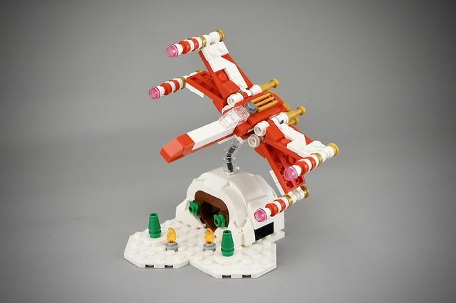 Christmas X-Wing Microscale