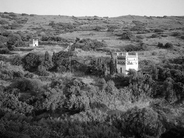 Dovecotes near Tarampados