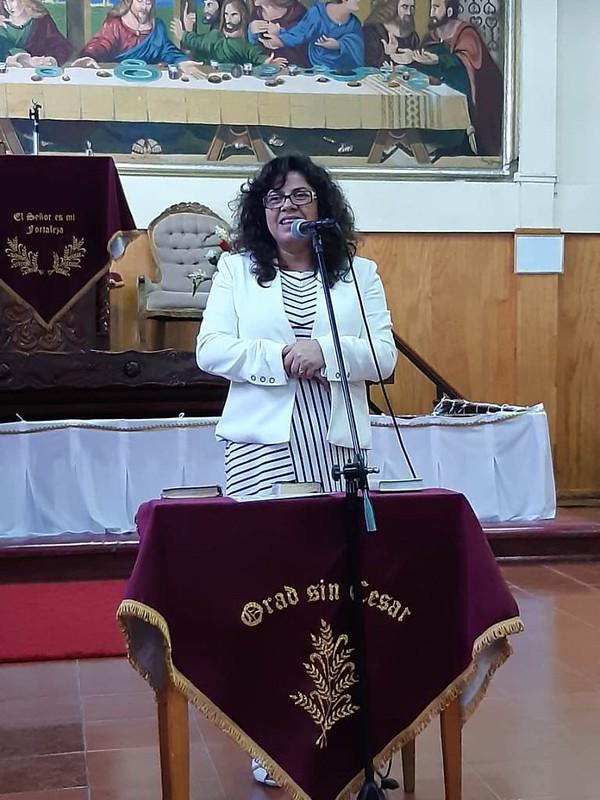 Confraternidad de Dorcas en iglesia de Penco