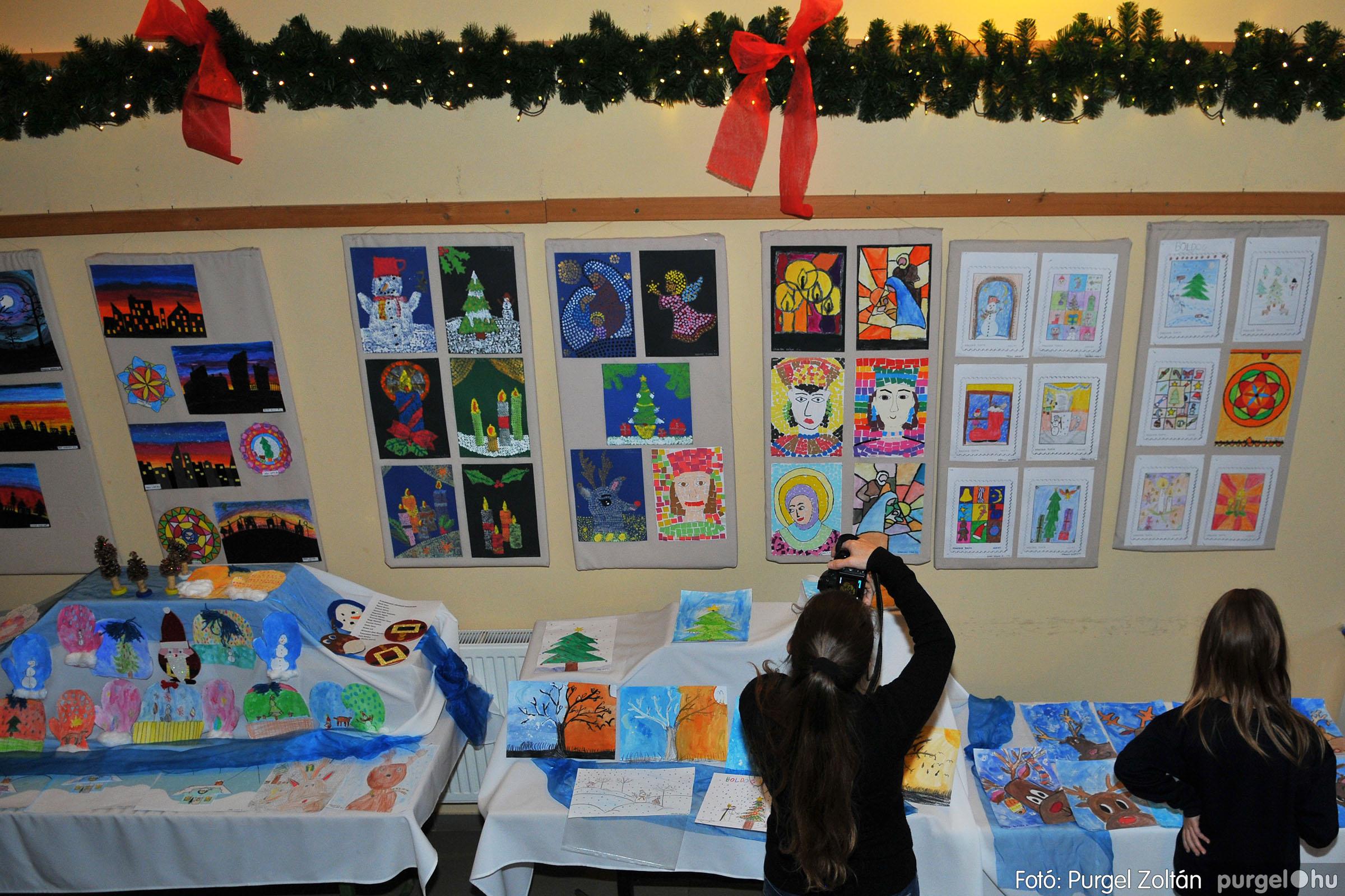 2019.12.13. 044 Forray Máté Általános Iskola karácsonyi műsor - Fotó:PURGEL ZOLTÁN© D3K_4230q.jpg