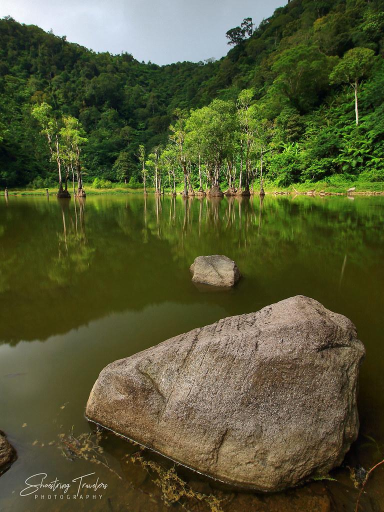 Lake Kabalin-an at the Balinsasayao Twin Lakes Naturral Park