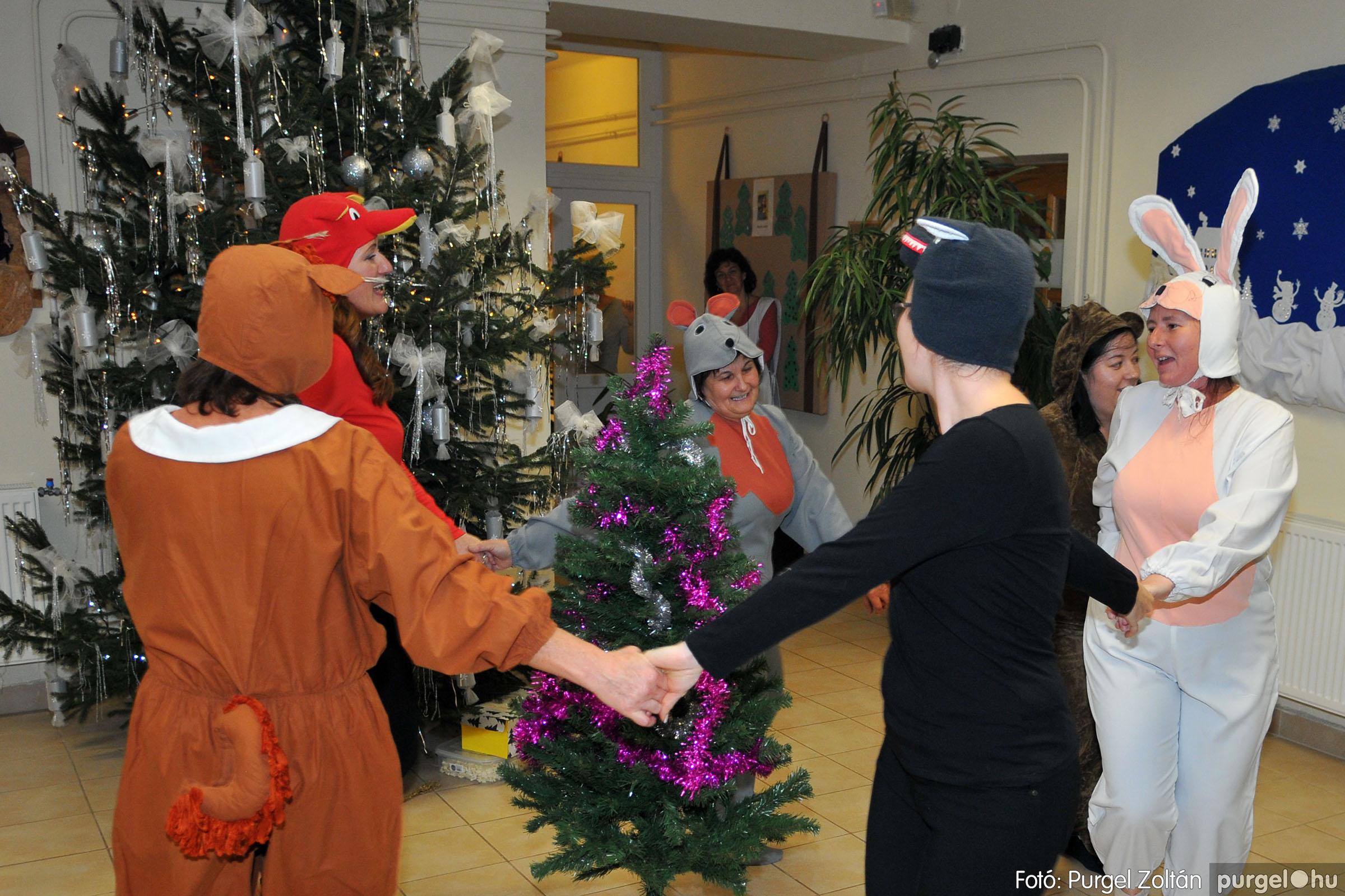 2019.12.13. 036 Fenyőünnep a Kurca-parti Óvodában - Fotó:PURGEL ZOLTÁN© D3K_4138q.jpg