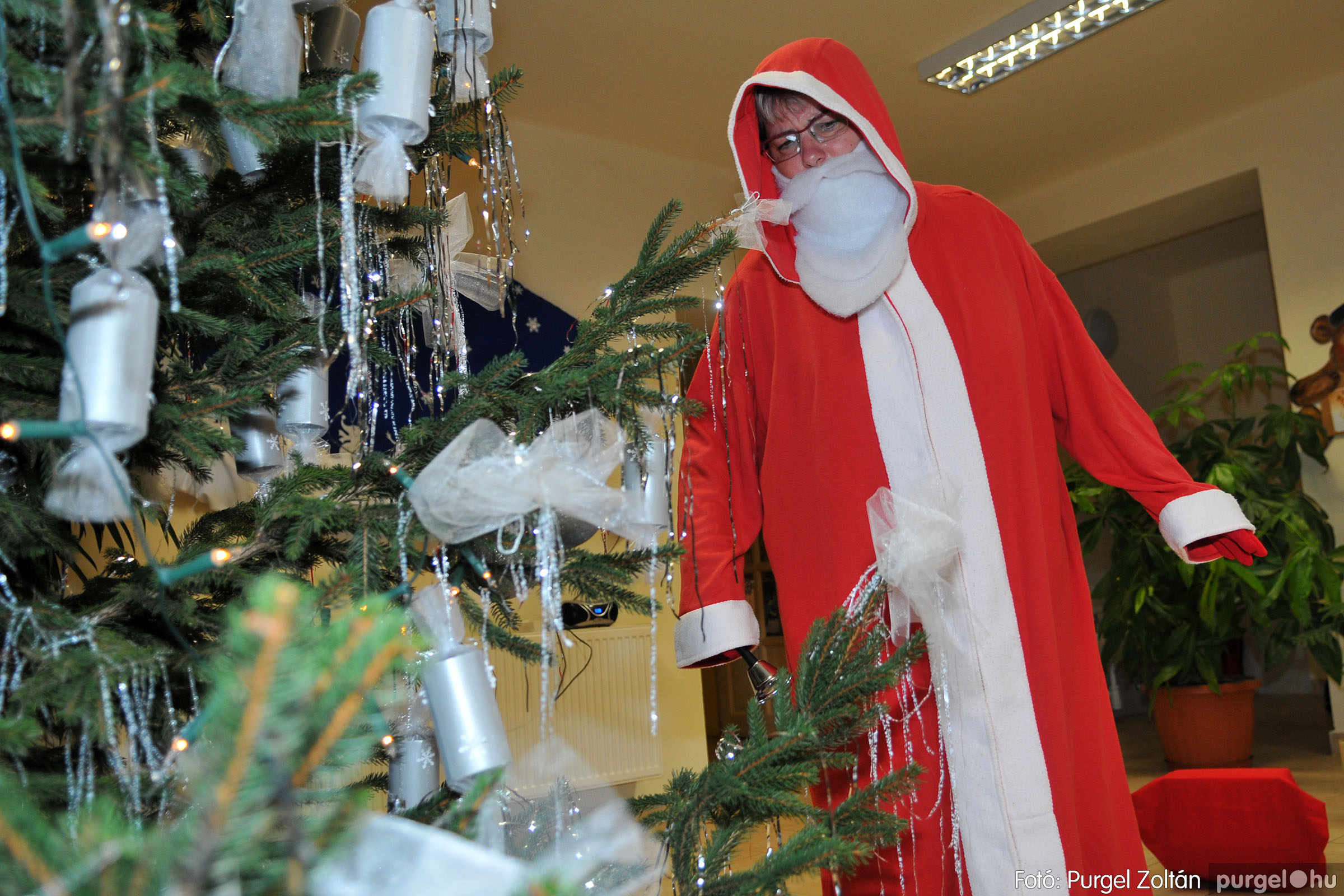 2019.12.13. 018 Fenyőünnep a Kurca-parti Óvodában - Fotó:PURGEL ZOLTÁN© D3K_4114q.jpg