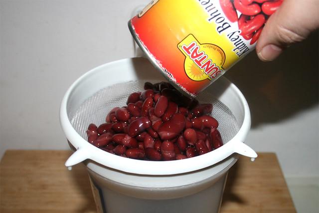 26 - Kidneybohnen abtropfen lassen / Drain kidney beans