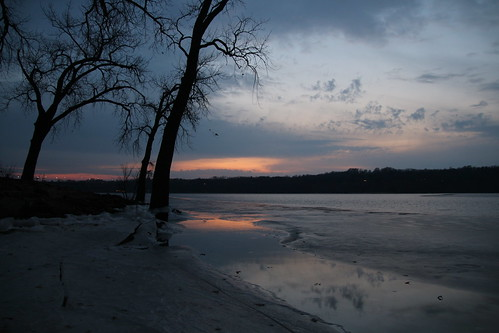 us usa unitedstates mississippi america hudson frozen river tranquil tranquility sunset evening eventide sun low night silhouette
