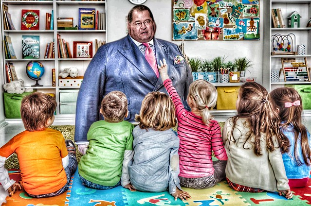 Congressman Jerry Nadler meets -- in between meals -- with kindergartners in his home district to promote tenets of the bipartisan congressional manifesto on Physical Fitness. Who says politicians don't do anything useful?