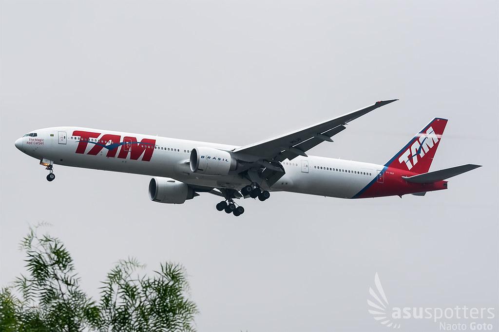 B777-300ER de LATAM Brasil