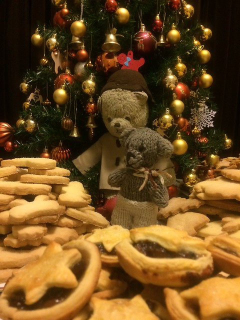 Paddington, Scout and the Christmas Fare