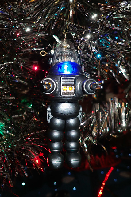 sci-fi Christmas tree - Robbie the Robot