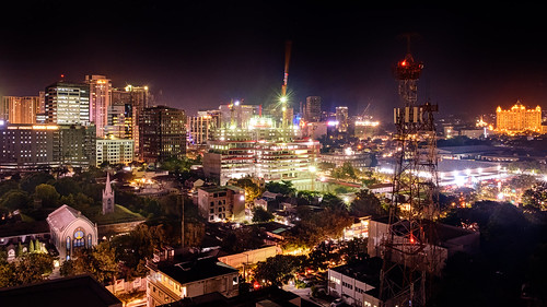 view night building cebu street sructure scrapers buildings tourist rural philippines fujifilm architechture city trees cityscapes 1855mm road manmade xt20 dark views cebucity photomatix 2019 tower skyline hotel church cebusugbo