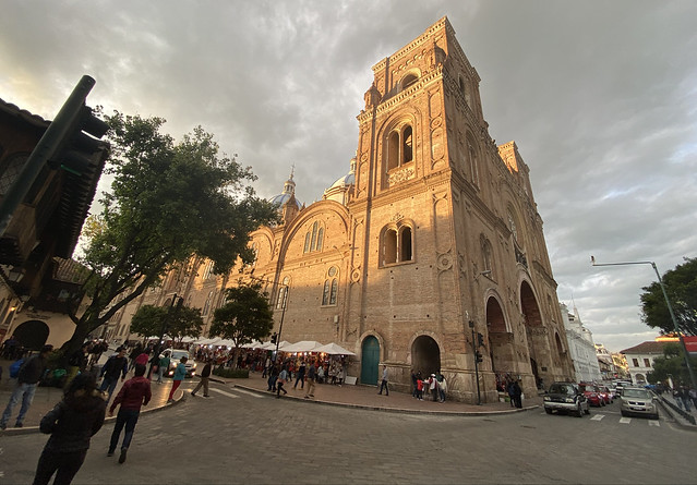 ***The New Cathedral (the Catedral Metropolitana de la Inmaculada Concepción), the Historic City Center of Cuenca at 2,560 meters (8,398 ft) above sea level, the Southern Highlands, Ecuador.