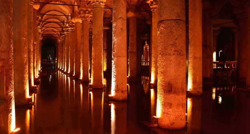 Bezienswaardigheden Istanbul: Basicila Cistern | Mooistestedentrips.nl