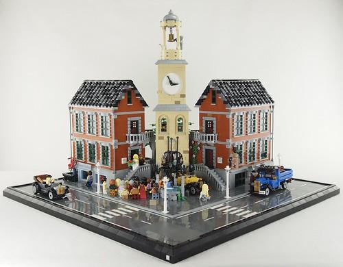 Rathaus Snottingen - Frontalansicht. Knapp 6500 Teile auf vier 32 Baseplates. Plus Straße und Rahmen dann gesamt 84x84 Noppen
