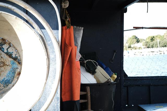 attrezzatura del pescatore in barca