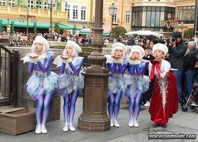 tokyo disneysea girls
