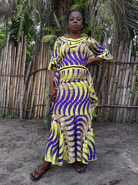 Mama Théthé (Térèse) in Oluo_helped Debab