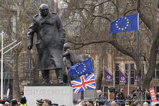 124618  'Sir Winston Churchill' by Ivor Robert Jones, Anti-Brexit march, London