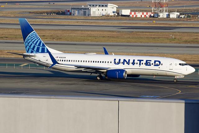 Untied Airlines | Boeing | 737-824(WL) | N26208