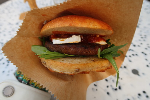 Wildschwein-Burger (beim Weihnachtsbaumkauf auf dem Hof Strübbe)
