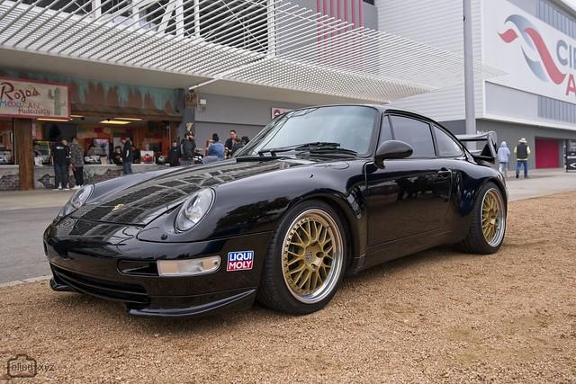 Porsche 993.