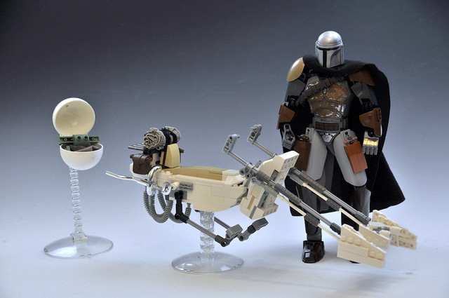 Mandalorian Speeder Bike -